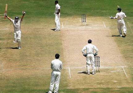Michael Clarke's Debut 151 runs Against India in Bangalore
