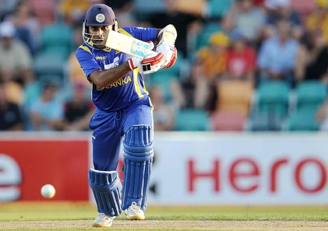 Mahela Jayawardene lead Sri Lanka to Victory