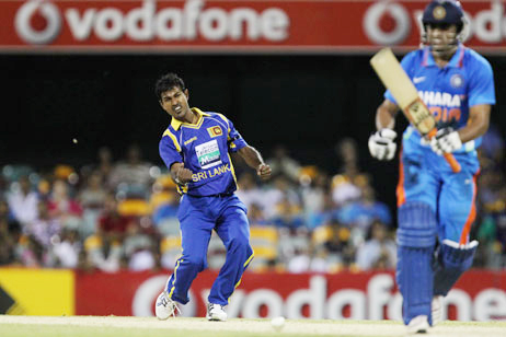 Nuwan Kulasekara took 3 important wicket and some fine catches