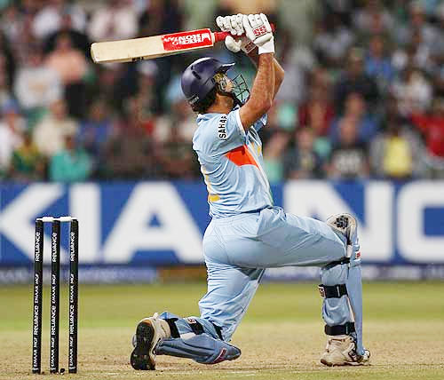 Yuvraj Singh hit 6 sixes off Stuart Board against England in T20 match at Durban
