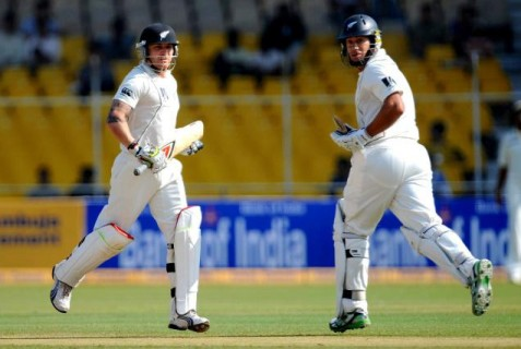 Brendon McCullum and Ross Taylor - the duo will decide the fate of the match