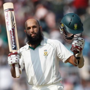 Hashim Amla - polished 63 runs on the first day of 3rd Test