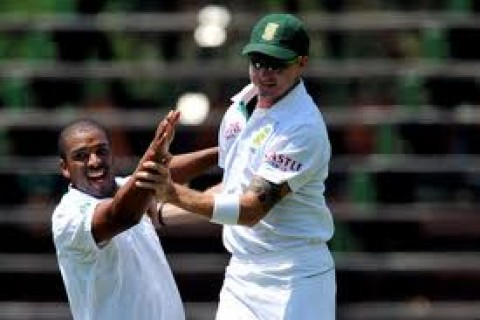 Vernon Philander and Dale Steyn - destructed New Zealand in first innings