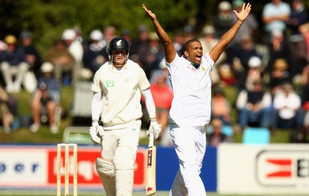Vernon Philander, puts South Africa back to the track by grabbing 4-50