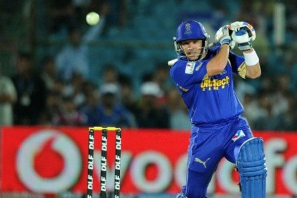 Brad Hodge - &#039;Player of the match&#039; for his all round performance