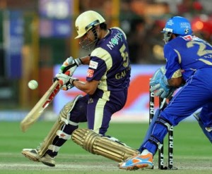 Gautam Gambhir tries to cut against the Rajasthan Royals