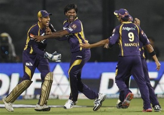 Lakshmipathy Balaji - 'Player of the match' for his destructive bowling