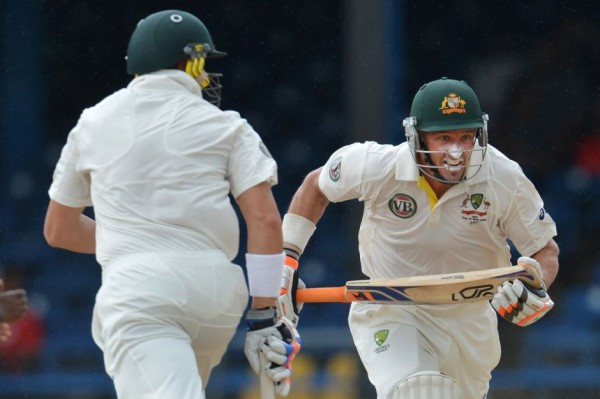 Michael Hussey and James Pattinson - A solid partnership of 89 down the order