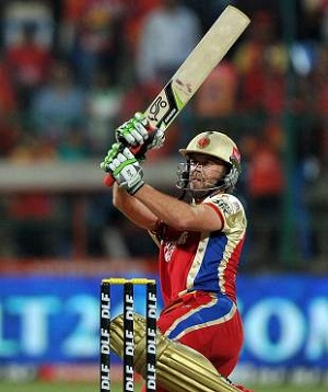 de Villiers hammering Deccan Chargers in Bangalore