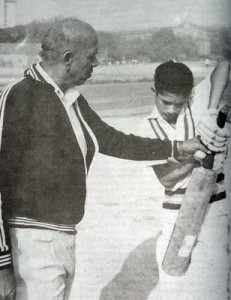 Tendulkar being coached by Ramakant Achrekar