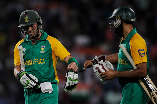 Hashim Amla and AB de Villiers - An unbroken match winning partnership of 172 runs