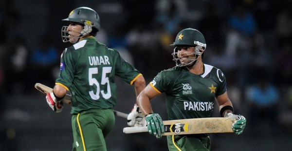 Umar Akmal and Umar Gul - A lightning match winning partnership