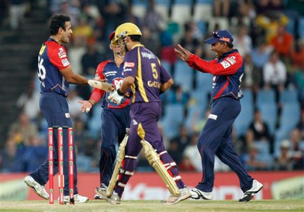 Irfan Pathan - Eventful first over