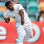 Australia anticipates win by clinching early wickets of Sri Lanka