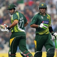 Nasir Jamshed and Mohammad Hafeez - A match winning opening partnership of 141 runs