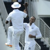 Marlon Samuels - Excellent bowling figures of 4-13