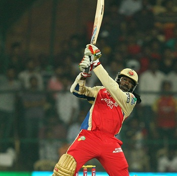 Chris Gayle - Plundered 92 off 58 mere balls