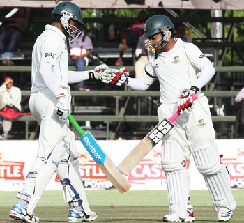 Shakib Al Hasan and Mushfiqur Rahim - A solid partnership of 123 runs for the 5th wickets
