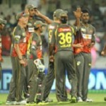 Sunrisers Hyderabad celebrate victory vs. Pune Warriors