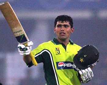 Kamran Akmal - A match winning knock of 81