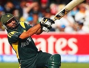 Shahid Afridi - Hundred on 37 ball, 3 tons among 10 quickest ones