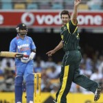 India back lashed by Hilfenhaus and Lee in tri-series