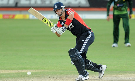 Kevin Pietersen scored another ton in the last ODI against Pakistan