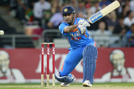MS Dhoni praises fielders for the 2nd T20 match victory over Australia