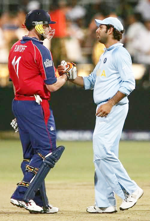 Yuvraj Singh and Andrew Flintoff make up after the scuffle earlier in 2007 World Twenty20 match in South Africa