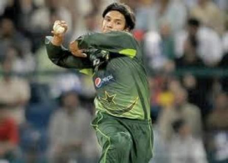 Aizaz Cheema - 'Player of the match' vs. Sri Lanka