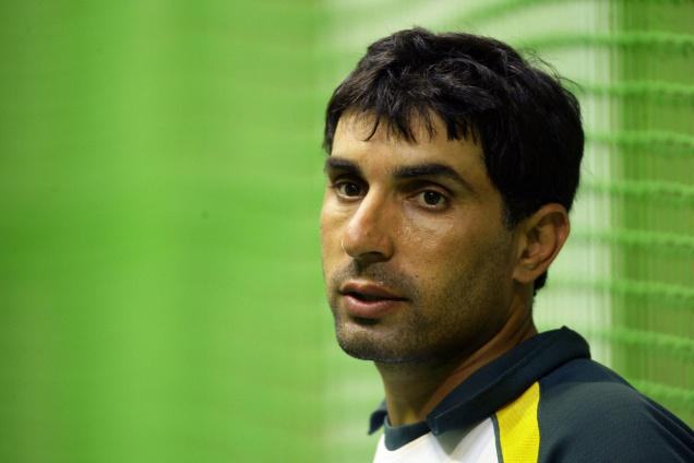 Misbah-Ul-Haq, regrets on bolwing after India crushed them