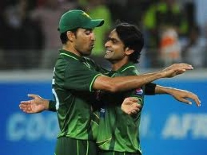 Mohammad Hafeez and Umar Gul- match winning performance against Bangladesh