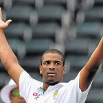 Vernon Philander vanished Kiwi's batting as South Africa wins the first Test