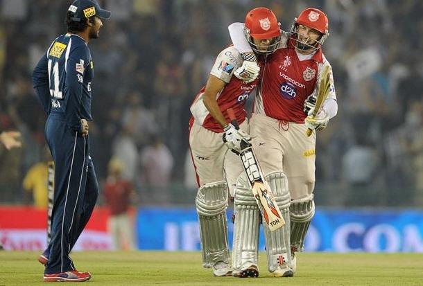 David Hussey and Gurkeerat Singh - amazing batting