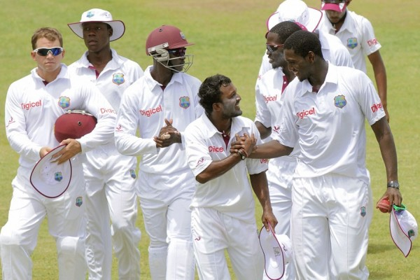 Delorn Johnson and Veerasammy Permaul - Scratched India A second innings by sharing 10 wickets
