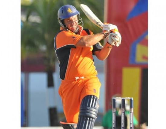 Michael Swart - Match winning innings of 61 runs