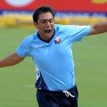Azhar Mahmood wrecked Hampshire as Auckland won