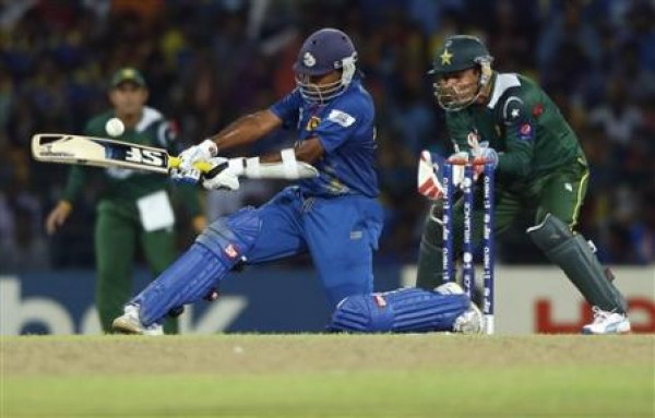 Mahela Jayardene - Led from the front by his timely knock