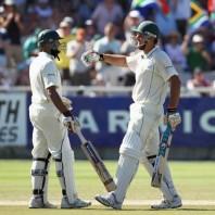 Graeme Smith and Hashim Amla - A match winning 2nd wicket partnership of 178 runs