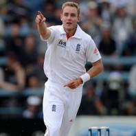 Stuart Broad - Two quick wickets