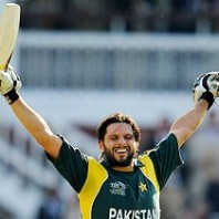 Shahid-Afridi - Ready to rescue his delpeted side