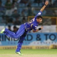 Pravin Tambe - Match winning bowling spell of 3-10